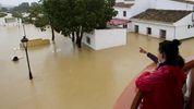 Юг Испании затопили сильные дожди: впечатляющие фото стихии
