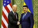 Гройсман дав обіцянку Байдену продовжувати змінювати Україну