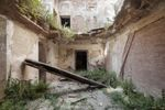 Опублікували захопливі фото з закинутих палаців багатіїв