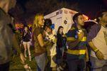 Пикап протаранил толпу во время известного парада: есть пострадавшие