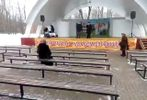"""Соцсети смеются над """"роскошным"""" празднованием Масленицы в России"""