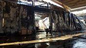 З'явилися фото з місця потужної пожежі на складах Прикарпаття