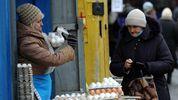 Низкие зарплаты, но хорошие дороги: волонтер рассказал о жизни на оккупированных территориях