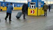 Наскільки активно українці їздять в окупований Крим та Донбас: статистика