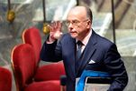 Неизвестные ограбили квартиру премьер-министра Франции