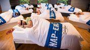 Приходять, щоб поспати: незвичний спортзал для лінивих відкрили у Великобританії
