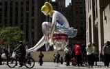 """Скандальный автор """"Балерины"""" в Нью-Йорке имеет лицензию на использование украинской статуэтки"""