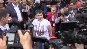 Не дайте мне скурвиться, — первая речь Савченко на Родине