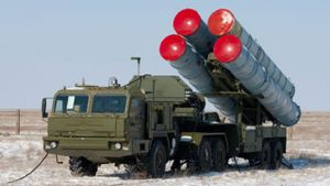 Как Россия в оккупированном Крыму приводит в боевую готовность новые зенитно-ракетные комплексы
