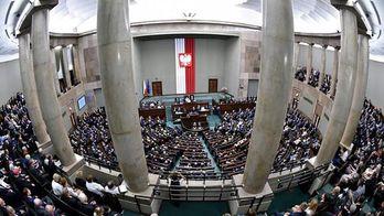 Як слід реагувати на резолюцію Польщі про Волинську трагедію