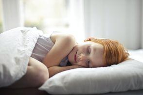 Як привчити дитину до правильного режиму сну перед школою: корисні поради в інфографіці