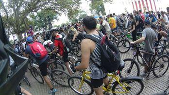 Велосипедисти влаштували масштабну акцію протесту в Одесі: з