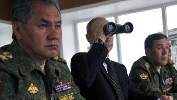 Кремль играет мускулами или на нервах?