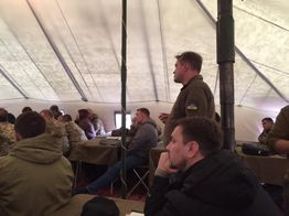 Хто з депутатів блокує запити на нормальне харчування українських бійців