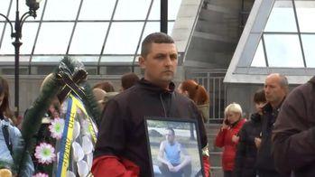 На Майдане попрощались с донецким волонтером, который совершил самоубийство