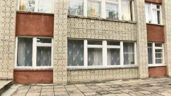 """За ніч у Львові """"почистили"""" 4 освітні заклади"""