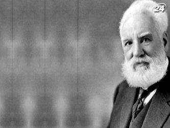 Александр Белл зробив один із найвизначніших винаходів свого часу - телефон