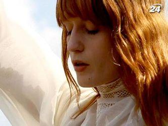 Вокалистка Florence and The Machine - Флоренс Уэлш потеряла голос