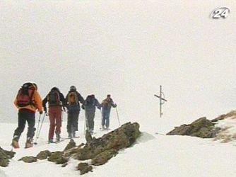 Скі-альпінізм - небезпечна подорож поза трасою