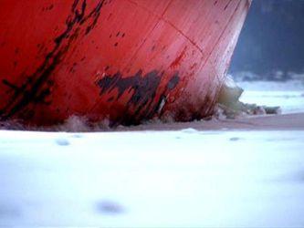 Коли товщина криги на воді сягає метра, до справи береться криголам – як він працює?