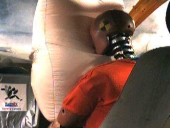 Как делают подушки безопасности? Их неправильная конструкция может убить водителя