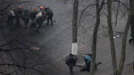 Эволюция Достоинства: в митингующих стреляют снайперы, Рада собралась на экстренное заседание