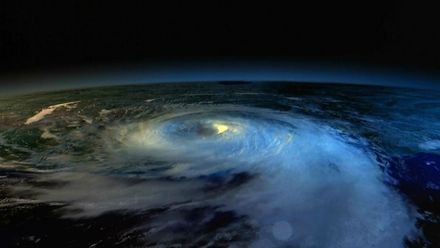Надсекретний урядовий пристрій, який керує погодою і здатний знищити світ
