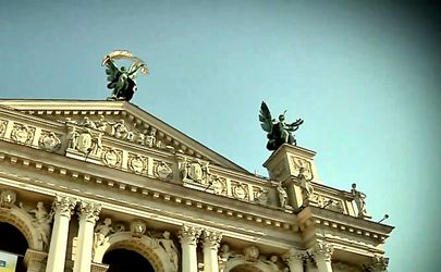 Какие известные архитектурные сооружения Украины построили поляки