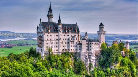 ТОП-5 найдивовижніших замків Європи