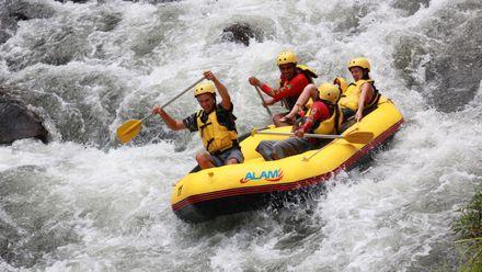 Чем заняться мужчинам, которые любят экстрим на воде