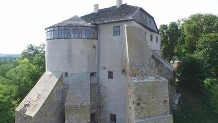 Невідомі факти про родовий замок старовинних українських меценатів Острозьких
