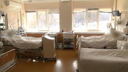 Тяжелораненых бойцов из Авдеевки доставили в госпиталь Днепра