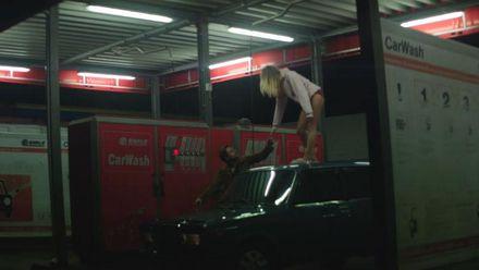 Французький виконавець зняв кліп в Україні: з'явилось відео