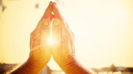 Що відбувається з мозком під час молитви, – дослідження