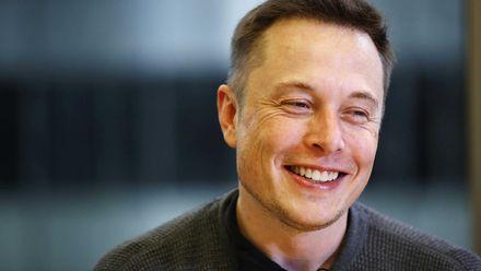 Когда Tesla запустит производство солнечных крыш: названа дата