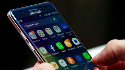 """Samsung возвращает в продажу """"взрывной"""" Galaxy Note 7"""
