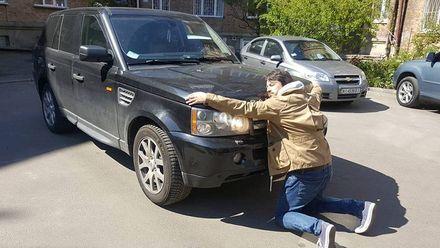 Притула кумедно попрощався із своїм авто