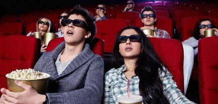 """Дівчина повернула гроші хлопцеві за """"пекельне побачення"""" в кінотеатрі"""