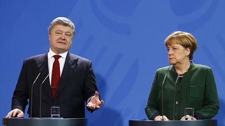 Порошенко провів перемовини з Меркель