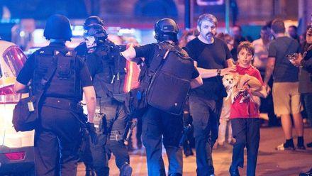 Моє серце болить: як світові зірки зреагували на теракт в Манчестері