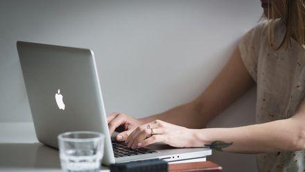 Facebook даватиме поради щодо сексу: розробники створили бот