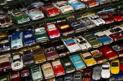 Единственный в мире музей миниатюрных авто открылся в Виннице