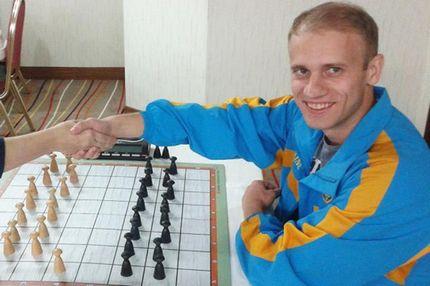 Украинский шашист рассказал о давлении России из-за вышиванки