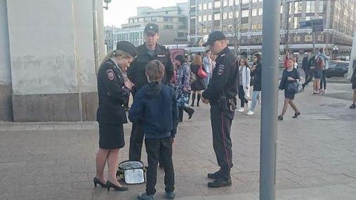 Російський публіцист оприлюднив промовисті причини затримання хлопчика у Москві