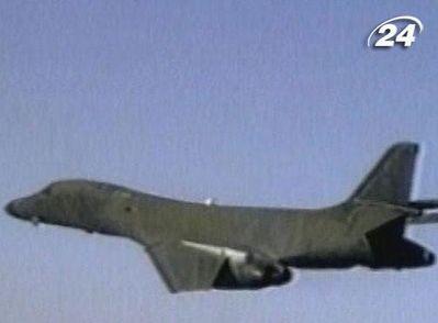 B-1В Lancer - единственный в США, у которого переменная стреловидность крыла