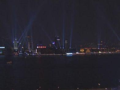 Як кожного вечора освітлюється Гонконг