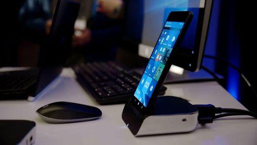 LG показала свій перший модульний смартфон, Sony представила бездротові навушники