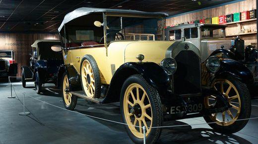 Рай для автомобилистов — невероятный музей транспорта в Ковентри