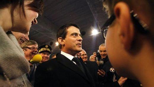 Кандидат в президенты Франции получил пощечину во время встречи с избирателями