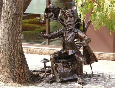 В Одесі з'явився незвичний пам'ятник, автори якого уникають розголосу